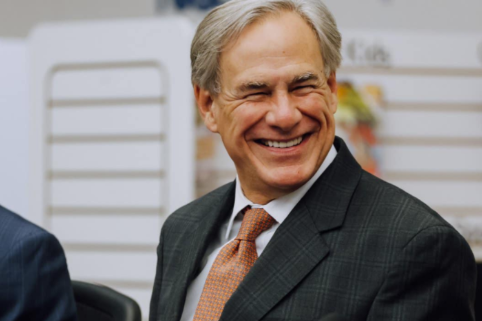 Gov. Abbott Vows to Make Texas a '2nd Amendment Sanctuary State'
