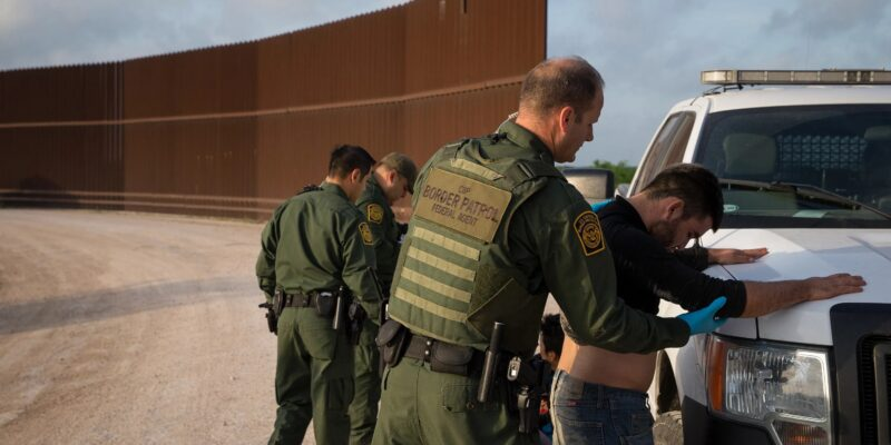 Illegal Alien Apprehension At Southern Border Rose Tops 1 Million in 2021